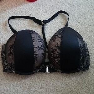Great condition Victoria's Secret 32DD bra